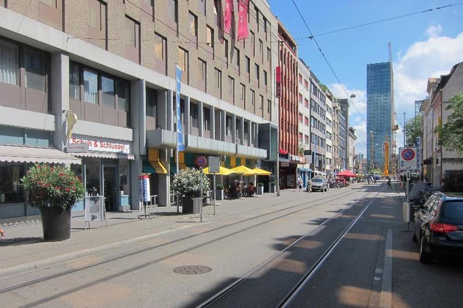Öffentliche Podiumsveranstaltung der IG Kleinbasel: Visionen für die Clarastrasse
